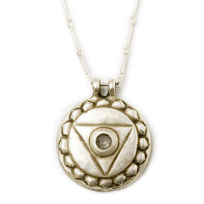 Throat Chakra Amulet with chain - Silver / classic