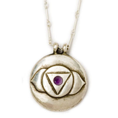 Third Eye Chakra Amulet with chain - Silver classic